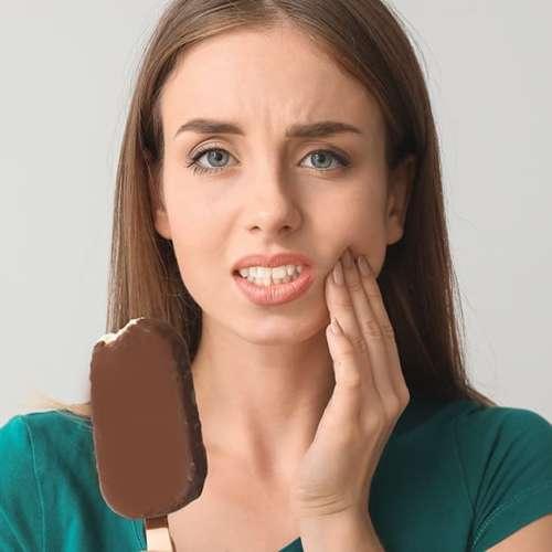 ¿Qué es la sensibilidad dental y cuáles son sus causas y soluciones más comunes?