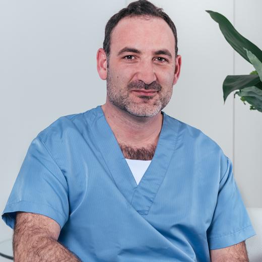 Clinicas Den - Cirugia Oral y Maxilofacial en Barcelona - Asistencia Tratamientos