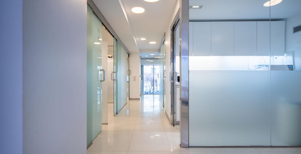 Clinicas Den - Nuestras Instalaciones - Cabecera