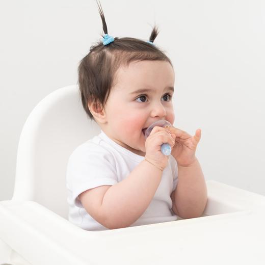 Clinicas Den - Odontopediatria en Barcelona - Tratamiento Preventivo Bebe