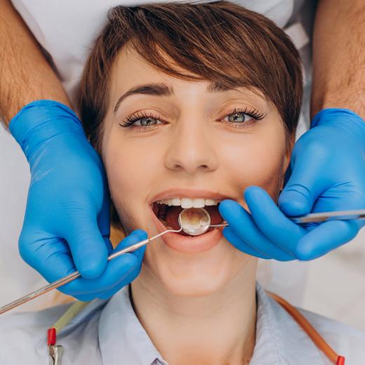 Clinicas Den - Ortodoncia y ATM - Ortodoncia Lingual