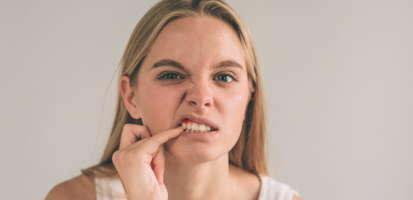 Encías inflamadas ¿Por qué se inflaman y cómo podemos prevenirlo o curarlo?